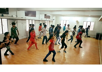 21 Dance Studio