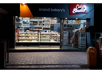 Aanand Bakery