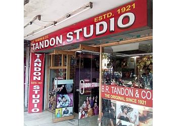 B.R. Tandon Photo Service