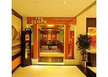 Breeze Residency - The Clock-24 Hrs coffee shop