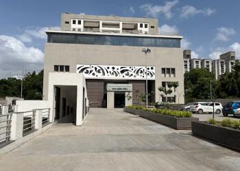 C. H. Nagri Eye Hospital