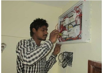 Chandu Dhole Electrician