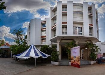 Chembian - Sangam Hotel