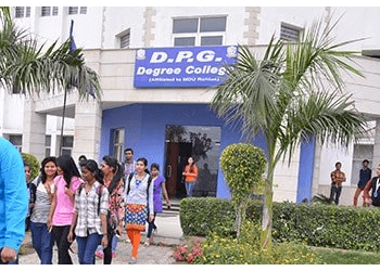 D.P.G. Degree College