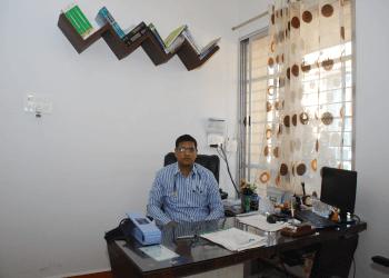 DR. VIKRANT B GHATNATTI, MBBS, MD, DM
