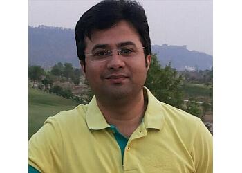 Dr Abhishek Chauhan, MBBS