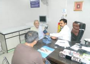 Dr. Ajay Rastogi, MBBS, MD