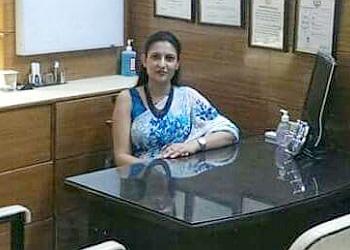 Dr. Akanksha Thakkar, MD