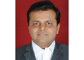 Dr. Aniket Shah, MBBS, MS, DNB