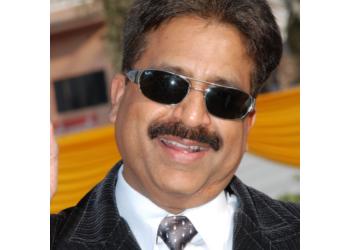 Dr. Anupam Gupta, MBBS, MS, DNB