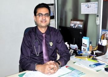 Dr. Ashish Dengra, MBBS, MD