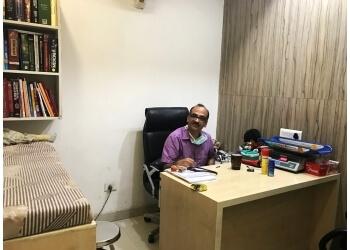 Dr. Ashish Prakash MBBS, MD