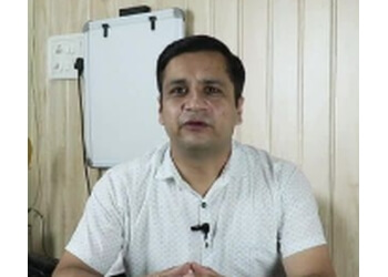 Dr. Bhanu Pratap Singh, MBBS, MS, M.Ch - DA VINCI CLINIC