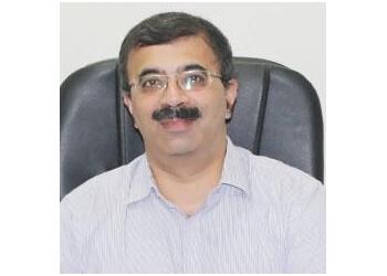 Dr. Deepak Ahuja, MBBS, MD