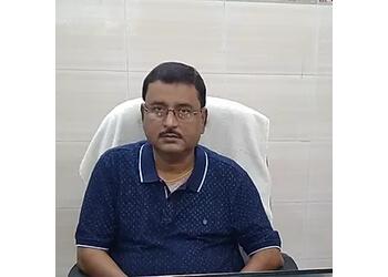 Dr. Devesh Sinha, MBBS, DVDL, MD, FAAD - CUTIS MADHURI NURSING HOME