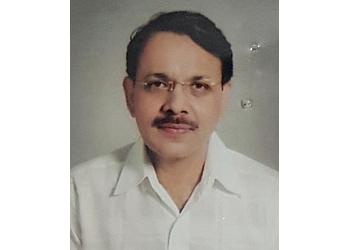 Dr. Dinesh Chandra Srivastava, MBBS, MS, M.Ch