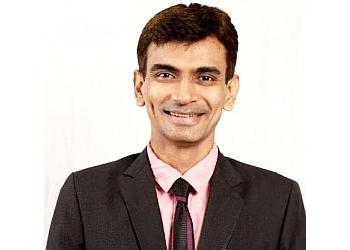 Dr. Himanshu Thakkar, MBBS, DLO