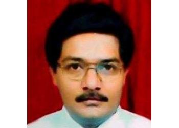 Dr. Hitendra Dahiwadkar, MBBS, MS, M.Ch