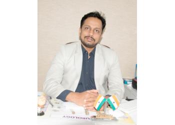 Dr. Hrushikesh U Kharosekar, MBBS, MS, M.Ch