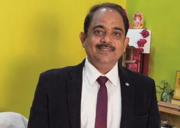 Dr. Kamad Dixit, MBBS, MS, DNB
