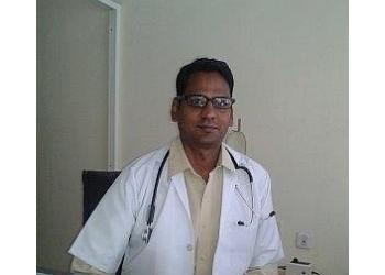 Dr. Kaushal Maheshwari, MBBS