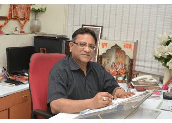 Dr. Mahesh Garg, MBBS, MS