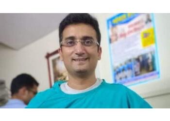 Dr. Manish Gupta, MD, DM