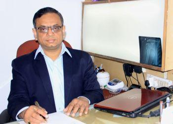 Dr. Manoj Agarwal, MBBS, MS - BAREILLY ARTHRITIS CLINIC