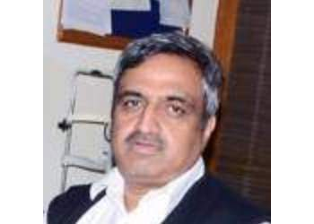 Dr. Manoj Saxena, MBBS, MS, DNB