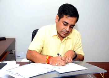 Dr. Manuj Sharma, MBBS, MD, DM