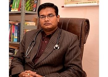 Dr. Mukul Gupta, MBBS, MD, DNB