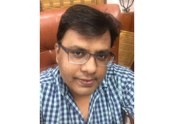 Dr. Namit Singhal, MBBS, MS, M.Ch