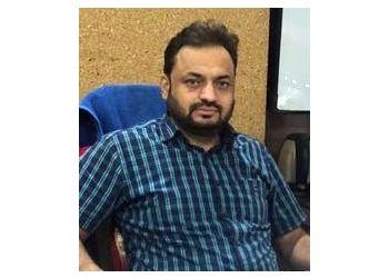 Dr.Naval Khurana, MBBS, M.CH