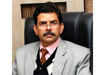 Dr. Neeraj Gupta, MBBS, MD