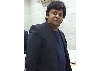 Dr. Neeraj Pandey, MBBS, MD