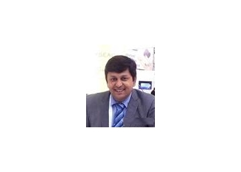 Dr. Neeraj Pandey, MBBS, MD, VD, FADS