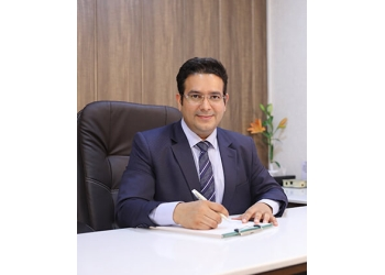 Dr. Pankaj Chaturvedi, MBBS, MD