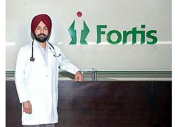 Dr. Paramdeep Sandhu, MBBS, MD