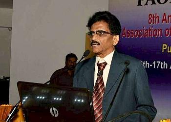 Dr. Phaniendra Kumar V, MBBS, MS