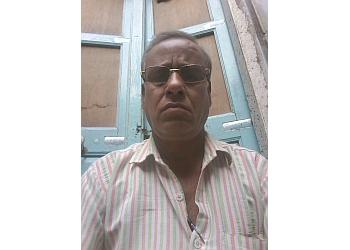 Dr. Pinto Nahata, MBBS, MD, DM