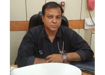 Dr. Prabhat Saxena, MBBS, DCH, MIAP