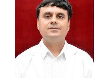 Dr. Pradeep Mendiratta, M.CH