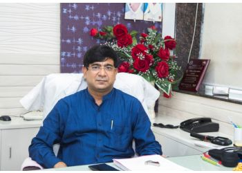 Dr. Praveen K. Bhopalka, MBBS, MD