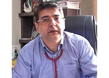 Dr. Puneet Khurana, MBBS, MD