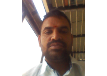 Dr. R Thirupathi Reddy, MBBS, MS