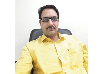 Dr. Rajat Kapoor, MBBS, MS, MCH