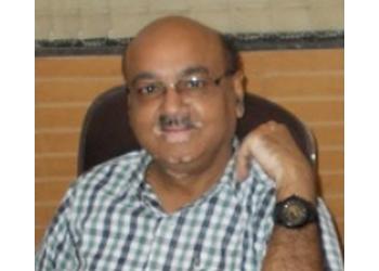 Dr. Rajesh Agarwal, MBBS, MD