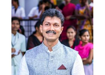 Dr. Ravi Patil, MBBS, MS
