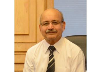 Dr. S C Diwan, MBBS, MD