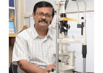 Dr. S Srinivasan, MBBS, DO, MNAMS